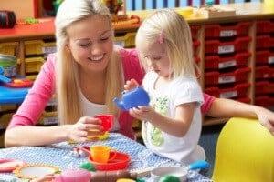 посещение детского сада с 2 -2.5 лет