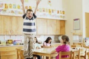 Что делать если ребенок неусидчиввый или гиперактивный