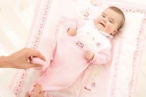 Как одеть новорожденного на выписку из роддома зимой?