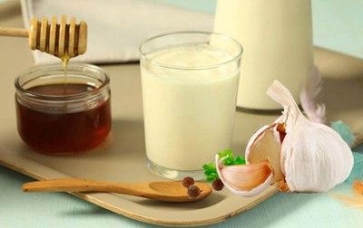 Молоко с чесноком от кашля для детей