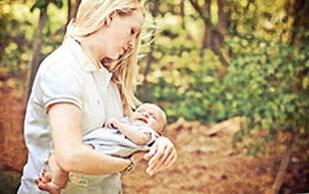 Как можно отучить ребенка от рук