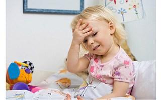 Как можно сбить температуру ребенка в домашних условиях