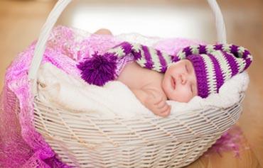 Ребенку 1 месяц: развитие и навыки
