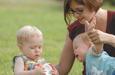 Общение детей в 1 год и 1 месяц