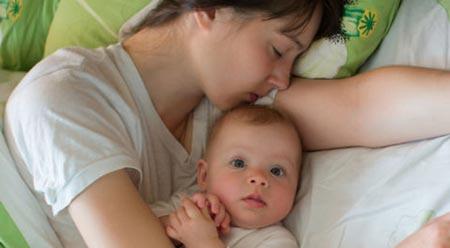 Ребенок просыпается по ночям в год и 3