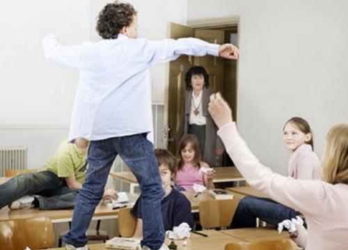 Гиперактивность и неусидчивость детей