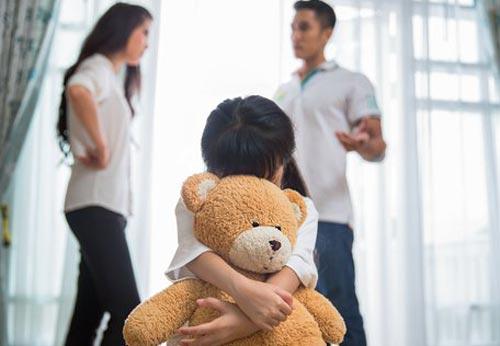 Агрессивная и скрытая ревность малыша