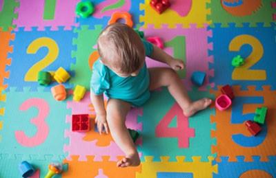 Развивающие игры для детей в 10 месяцев