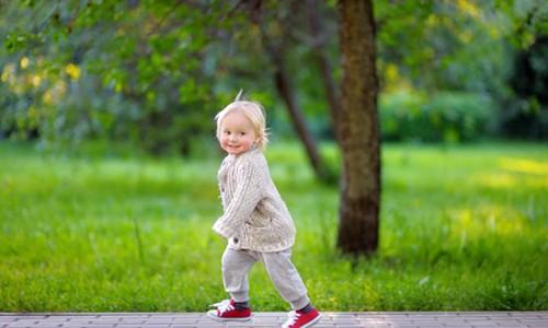Прогулки с двухлетним ребёнком
