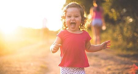 Эмоциональное развитие ребенка в 1 год 9 месяцев